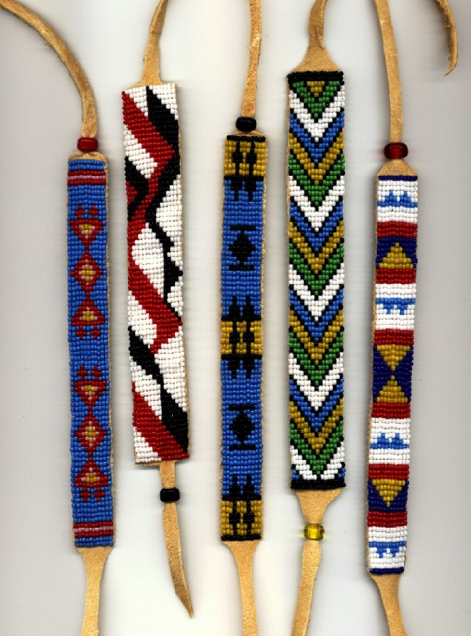Free native american seed bead patterns iroquois beadwork for How to make american indian jewelry