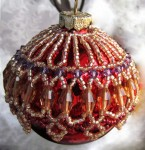 Change a Necklace Pattern into an Ornament Cover