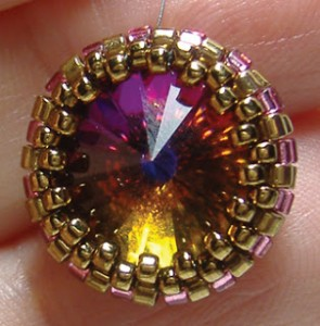 Creating a Peyote Bezel