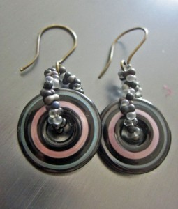 Disc Earrings with Peanuts