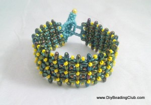 Right Angle Weave Beading with Twin Beads